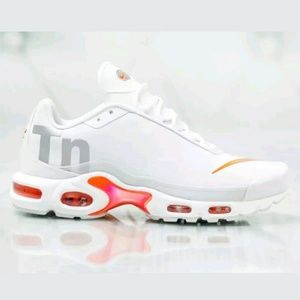 Nike Air Max Plus TN SE Big Logo